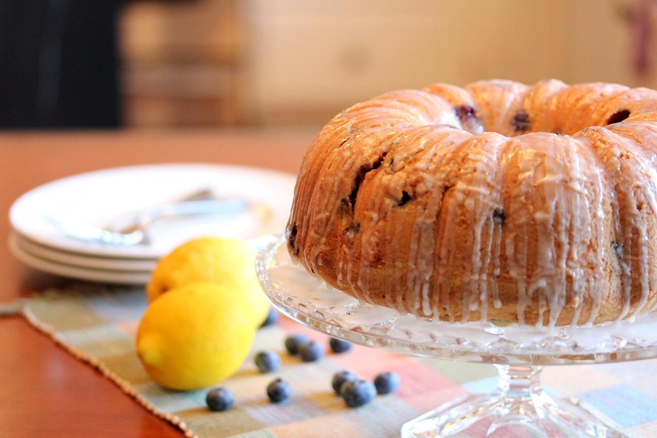 pound cake lemon ricotta pound cake with berries blueberry lemon pound ...