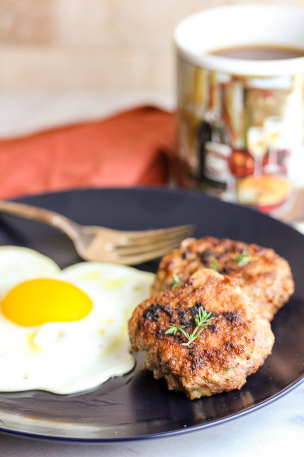 Your mornings just got a little easier and more delicious with this healthy homemade breakfast sausage. It's make ahead friendly, so breakfast is a snap!