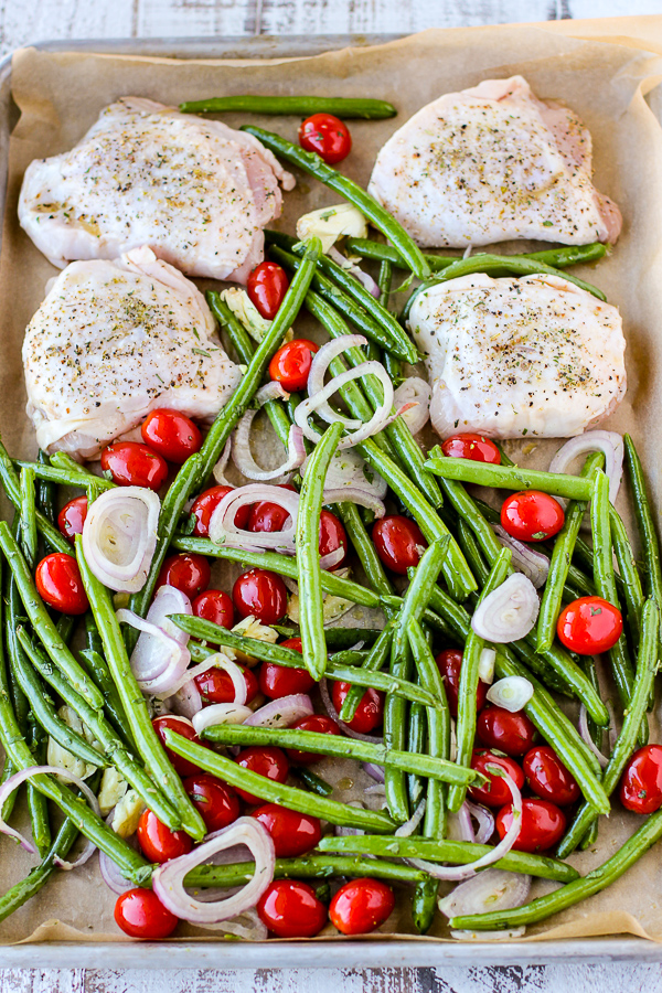 Italian Style Sheet Pan Chicken and Green Beans