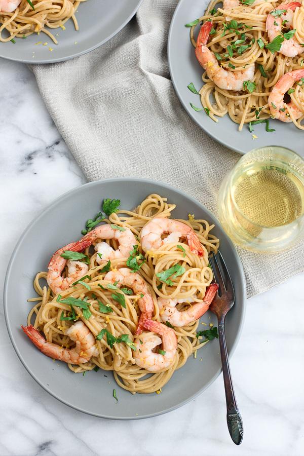 Plated one pot shrimp scampi